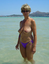 Hot XXX Mature Women